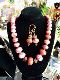 Chunky graduated rhodonite beads with copper findings, matching earrings